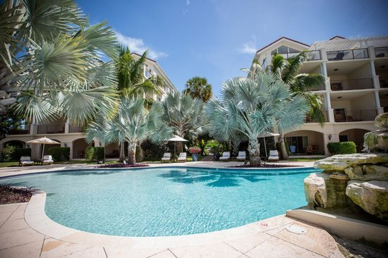 Luxury 2 Bed Suite, Villa del Mar GRACE BAY BEACH- WINNER OF EXCELLENCE!!❤, holiday rental in Providenciales
