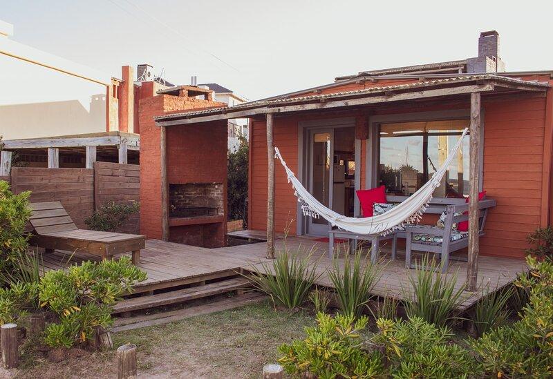Cabañas Kundalini Punta del Diablo, casas privadas frente al mar., vacation rental in Rocha Department