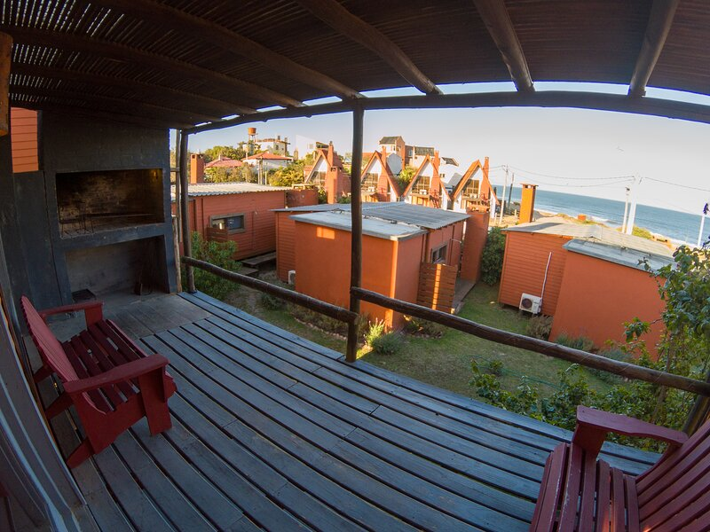 Cabañas Kundalini Punta del Diablo, cabaña familiar frente al mar, vacation rental in Rocha Department