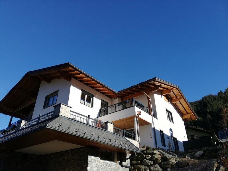 Appartement Roßbrand-Blick, holiday rental in Forstau