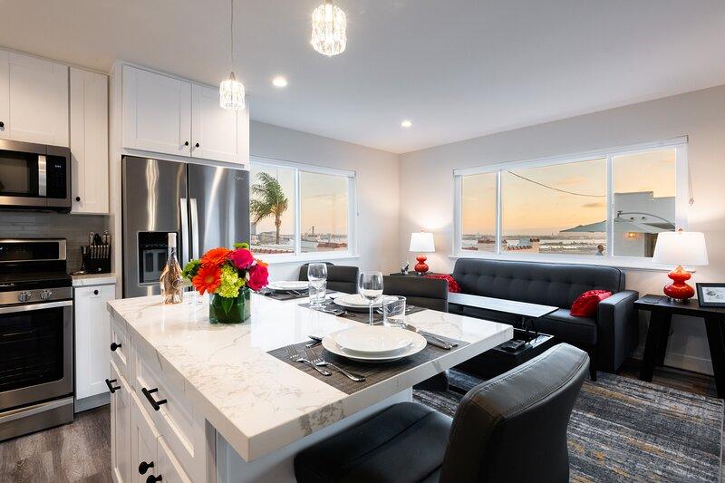 1stResorts Spectacular Water Views!! Private Villa/hottub/firepit/deck/bbq/prkng, casa vacanza a San Diego