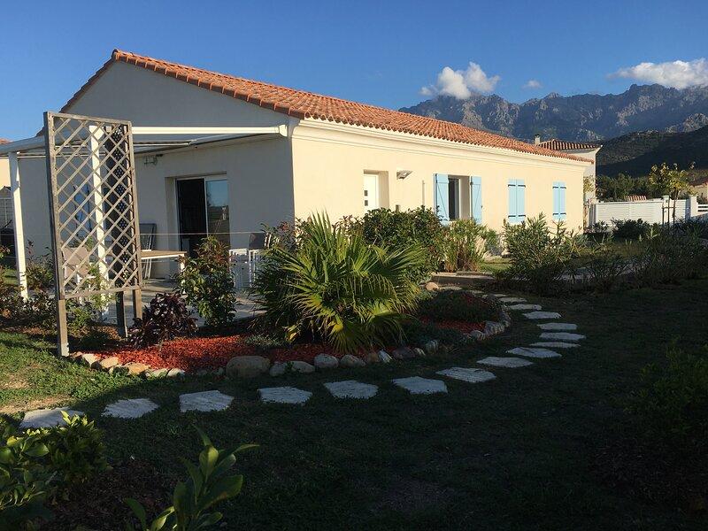 Maison  neuve type provençal – semesterbostad i Calvi
