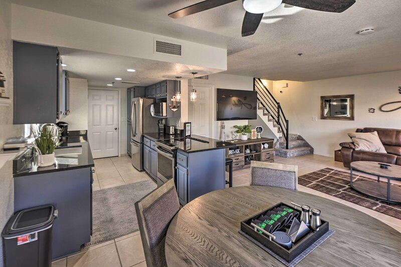 Fully Equipped Kitchen | Dining Area