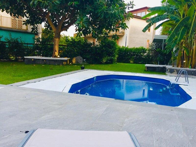 Suite Ciclopi - Charm ad Acitrezza, location de vacances à Acitrezza