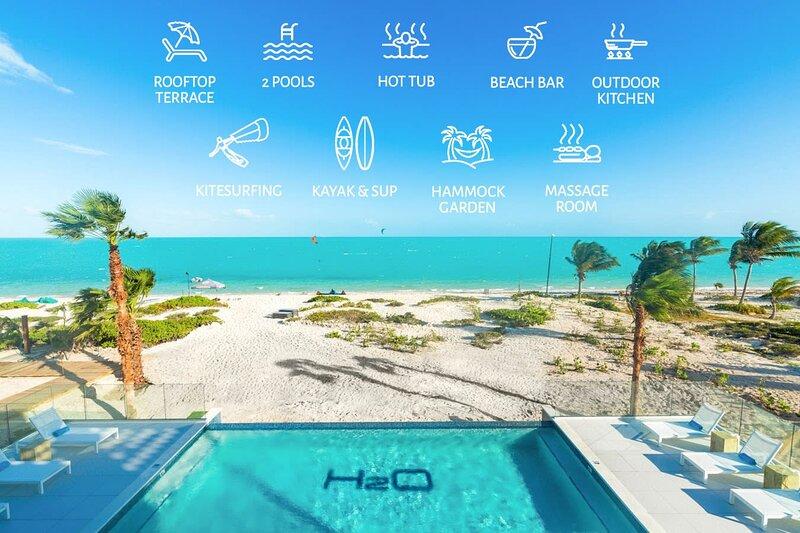 Amazing View LifeStyle Resort *H2O Long Bay Beach!, aluguéis de temporada em Five Cays Settlement