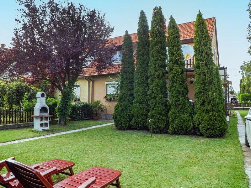 Kaiser, vacation rental in Balatonfenyves