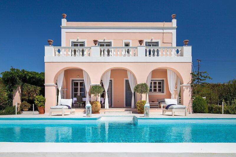 Villa Casa Del Sol Syros, location de vacances à Azolimnos