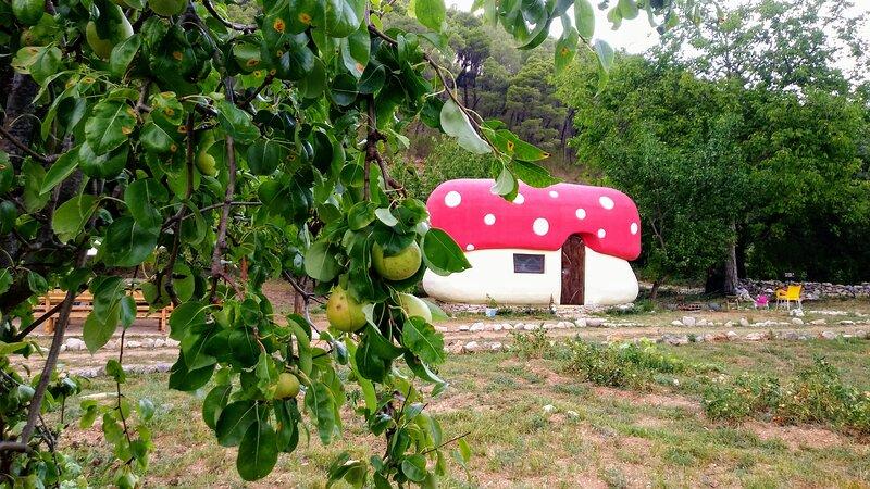 Krka fairytale village, alquiler de vacaciones en Krka National Park