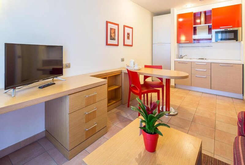 Studio Apartment in Residence Rome Area, holiday rental in Acilia