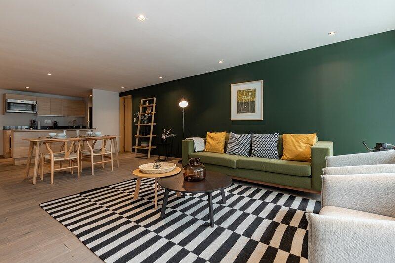 Casai Luxury 1br Condo with Balcony in Polanco, vacation rental in Tlalnepantla