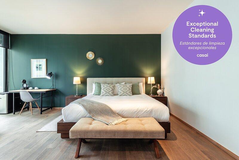 Casai Amazing & Luxury Unit in Polanco with a balcony, vacation rental in Tlalnepantla