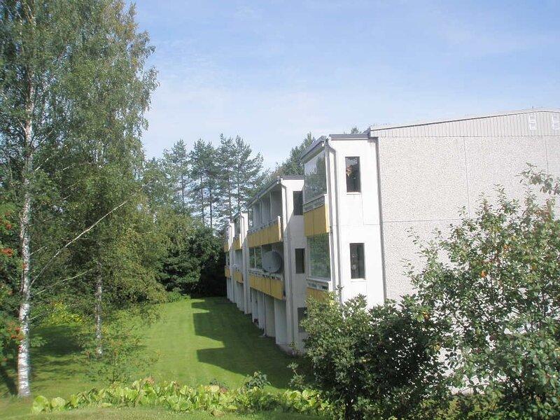 Cozy apartment with a balcony in a quiet area, casa vacanza a South Karelia