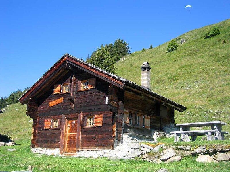 Alphütte Bielerchäller, vacation rental in Munster