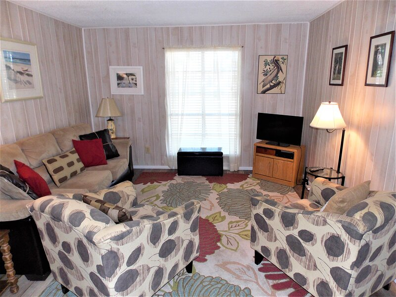 Sandy Isle - affordable 2 bedroom condo in Port Aransas!, location de vacances à Port Aransas