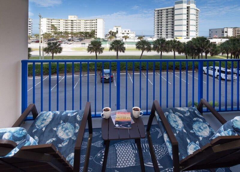 Ocean Walk 20-303 ~ OW20-303, location de vacances à New Smyrna Beach