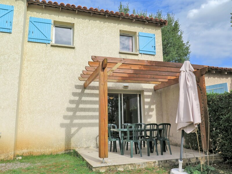 Domaine des Cazelles (CJC422), holiday rental in Ambeyrac