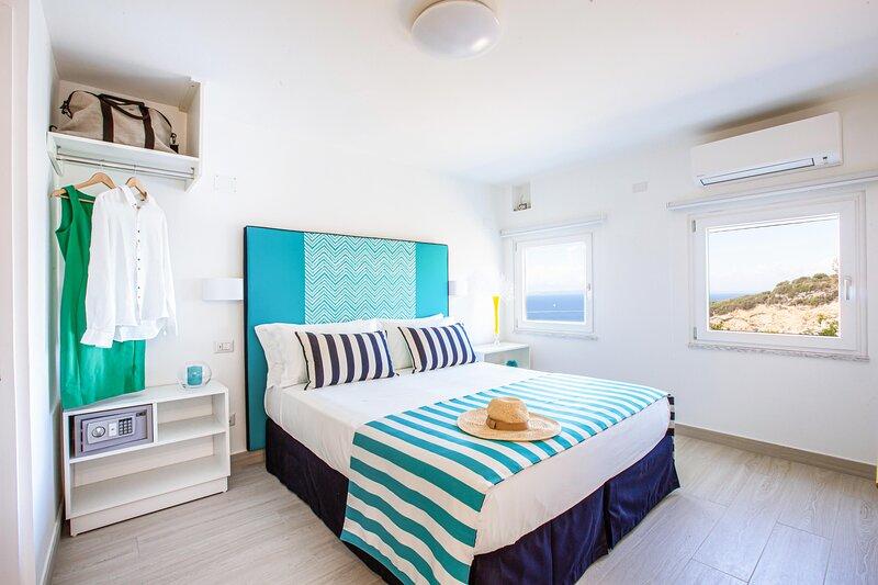 La Strada del Mare Guest House, holiday rental in Marina di Puolo