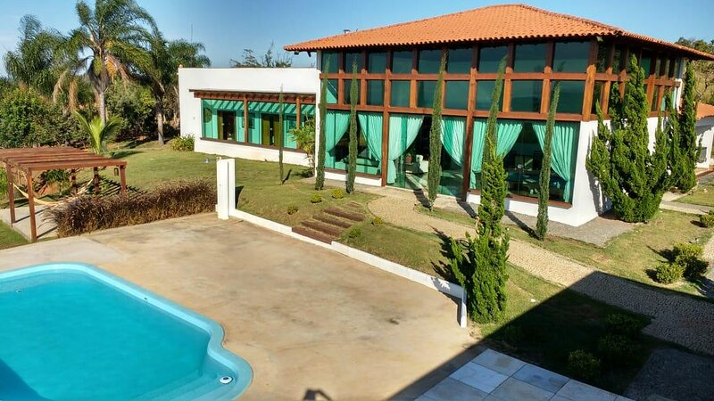 Linda Casa de Campo exclusiva e com vista deslumbrante das montanhas., casa vacanza a Stato del Minas Gerais