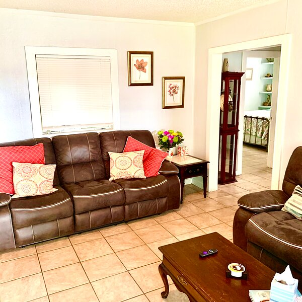 Cozy Cottage, holiday rental in Reddick