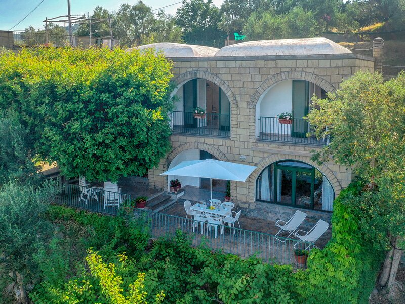 Isastia, vacation rental in Roncato