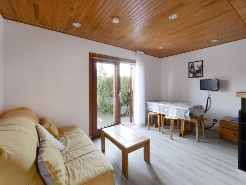 Appartement en rez de jardin avec terrasse privative, holiday rental in Montchavin
