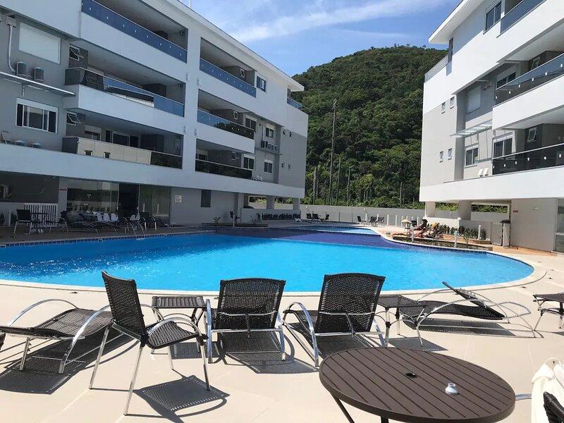 Home Clube Frente Mar, alquiler de vacaciones en Praia Brava