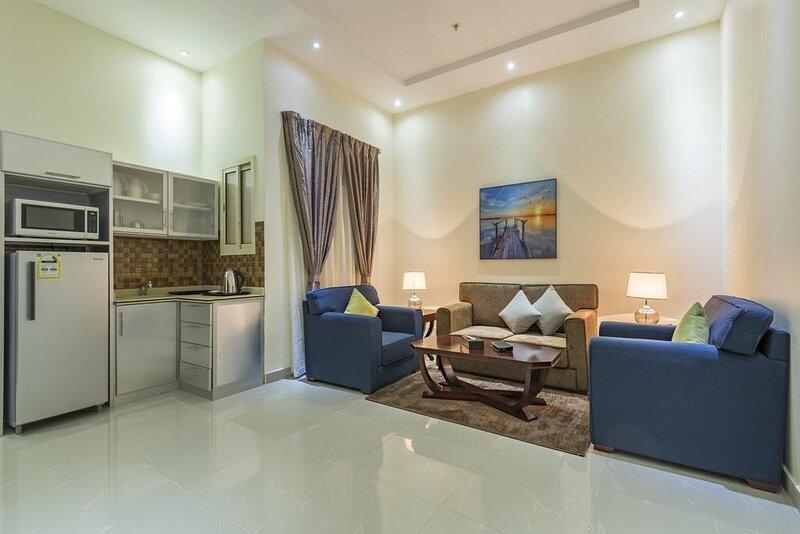 SPACIOUS STUDIO NEAR TO RIYADH GALLERY MALL, alquiler de vacaciones en Riyadh Province