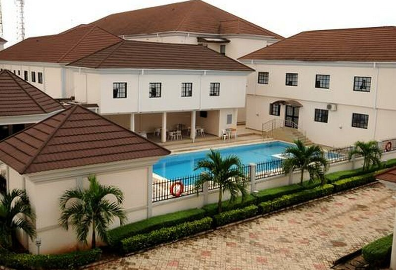 Best Western Homeville Hotel5 Bedroom Outfit Fully Furnished, casa vacanza a Edo State