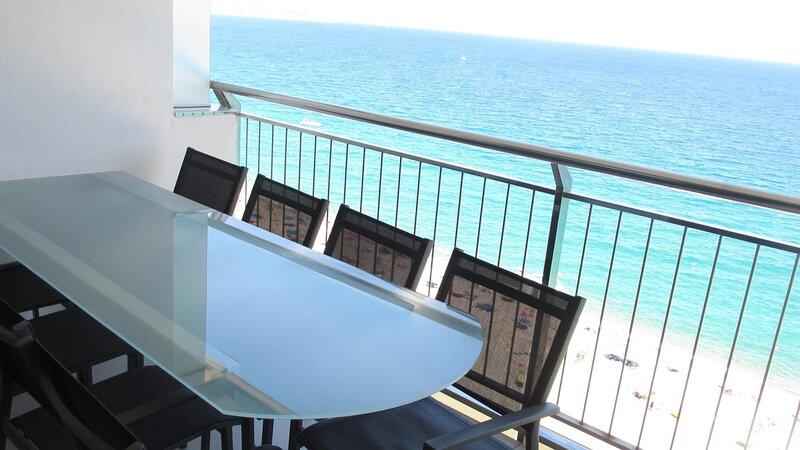 Girorooms - Apartment in Platja d'Aró near the center 1ª linea de mar - FLORIAN, vacation rental in Castell-Platja d'Aro