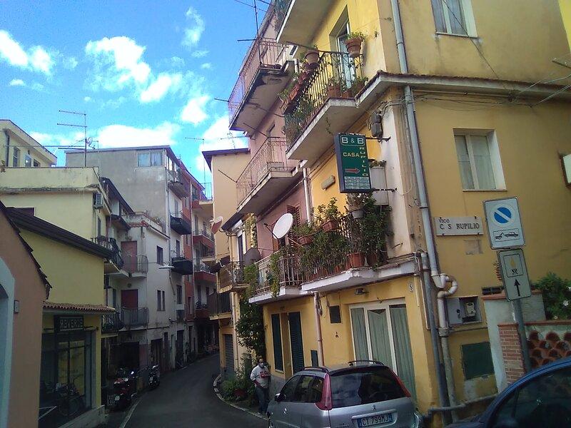 Bella camera con vista etna, vacation rental in Villagonia