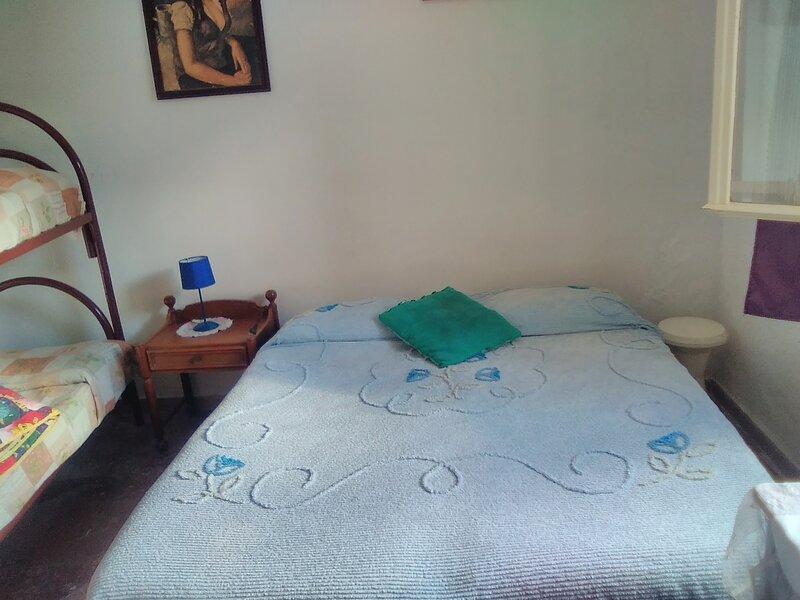 Grande Stanza Quadrupla fino a quattro persone, vacation rental in Villagonia