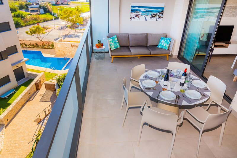 Penthouse I Arenal Dream Javea, Lujoso con Azotea y a solo 150m de la Playa, holiday rental in Javea