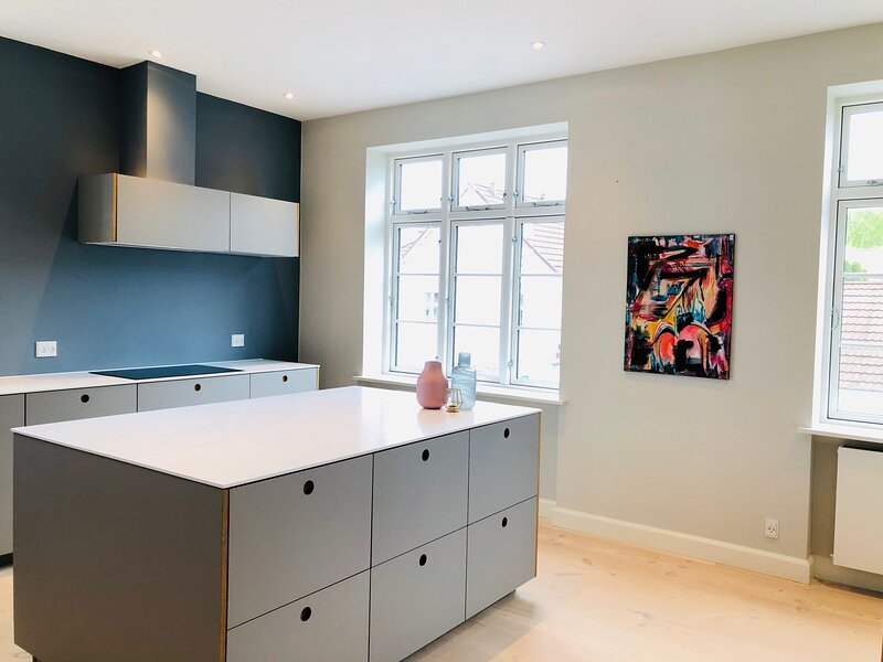 Adnana - 4 Bedroom - Modern Living Apartment - Aalborg, vacation rental in Hals