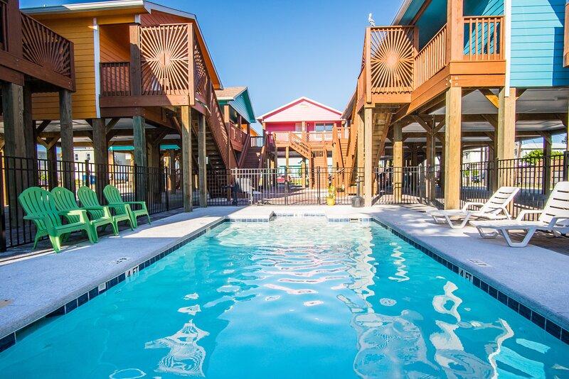 Water,Building,Hotel,Resort,Pool