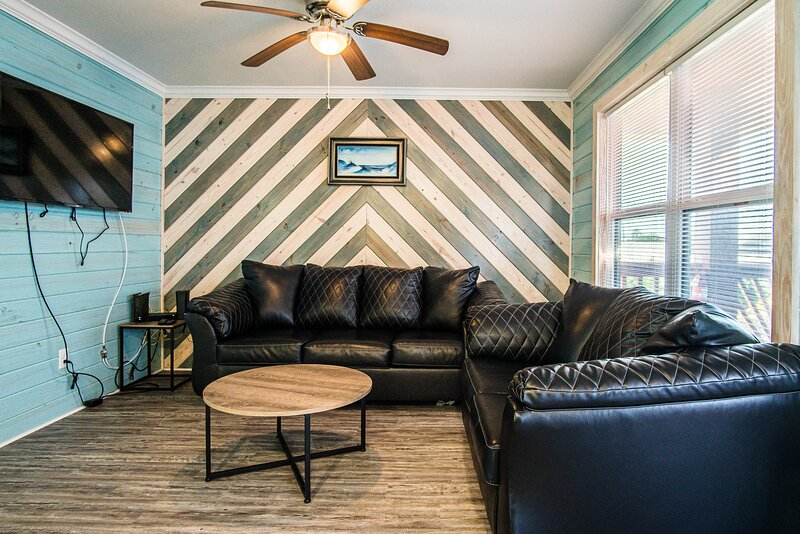 Ceiling Fan,Furniture,Couch,Living Room,Room