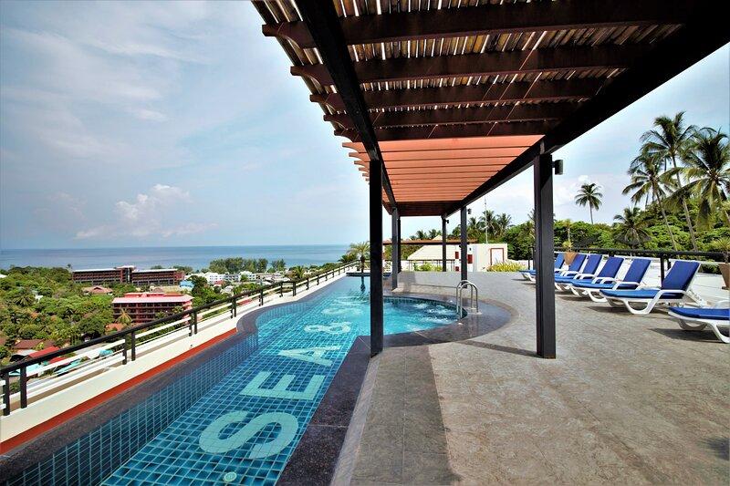 205 · ♡Sea view♡900m from Karon beach♡Rooftop pool♡Wi-Fi – semesterbostad i Karon Beach