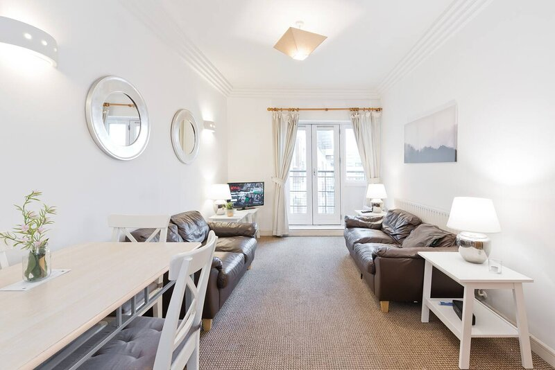 Immaculate 1-Bed Apartment in Dublin 1, location de vacances à Santry