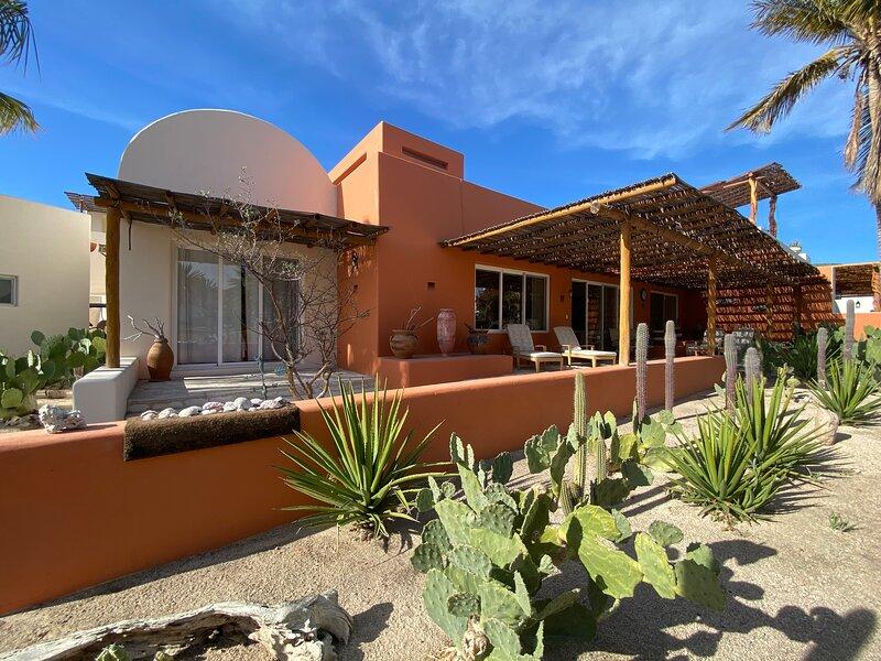 Villa de Playa La Tortuga, vacation rental in La Paz