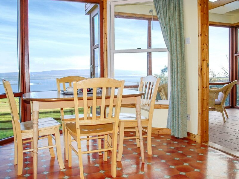 Callachy Cottage - UK7047, holiday rental in Alness
