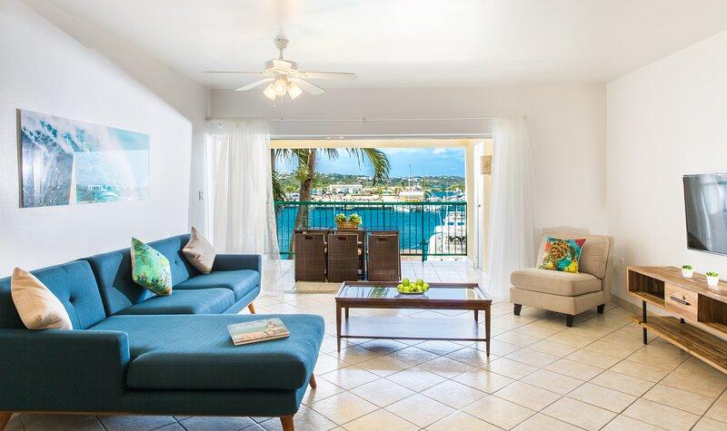 Villa DelEvan Yacht Club, casa vacanza a Turtle Cove