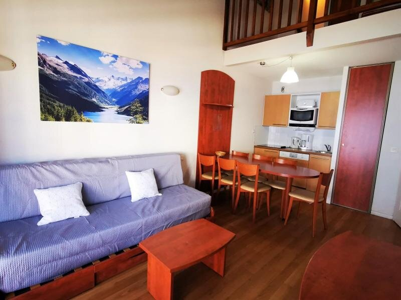 DUPLEX 7 COUCHAGES AVEC PARKING COUVERT - LAVE VAISSELLE, vacation rental in La Mongie