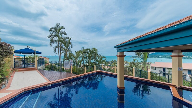 Magnificence at Airlie, holiday rental in Jubilee Pocket