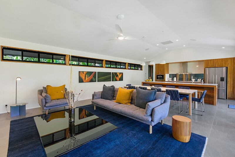 Aqua - at Funnel bay, holiday rental in Airlie Beach
