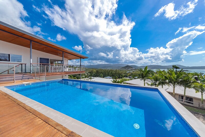Viewpoint Holiday Home - Cannonvale, location de vacances à Proserpine
