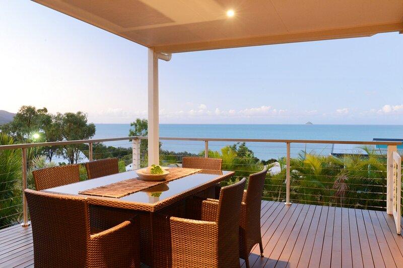 Hydeaway Bay Beach House - Hydeaway Bay, holiday rental in Bowen