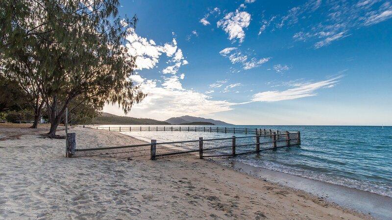 Birdsong House - Dingo Beach, holiday rental in Bowen