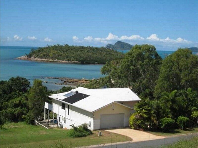 Hydeaway Retreat Beach House - Hydeaway Bay, Ferienwohnung in Dingo Beach