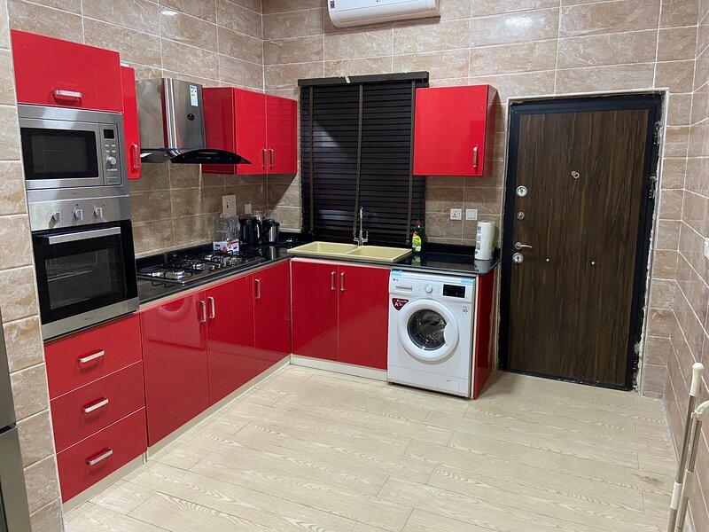 Luxurious and Inviting 4-Bed House in chevro-Lekki, alquiler vacacional en Lekki