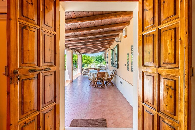 Margaret-house Near A Sandy Beach, Parking Wifi, aluguéis de temporada em Calabernardo