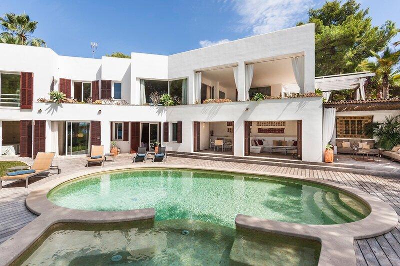 Villa Capucine, holiday rental in Cala Mondrago